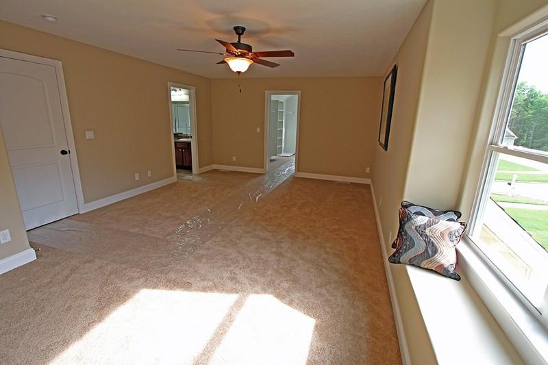 Bentwood 7-5-12 Interior MLS – 040