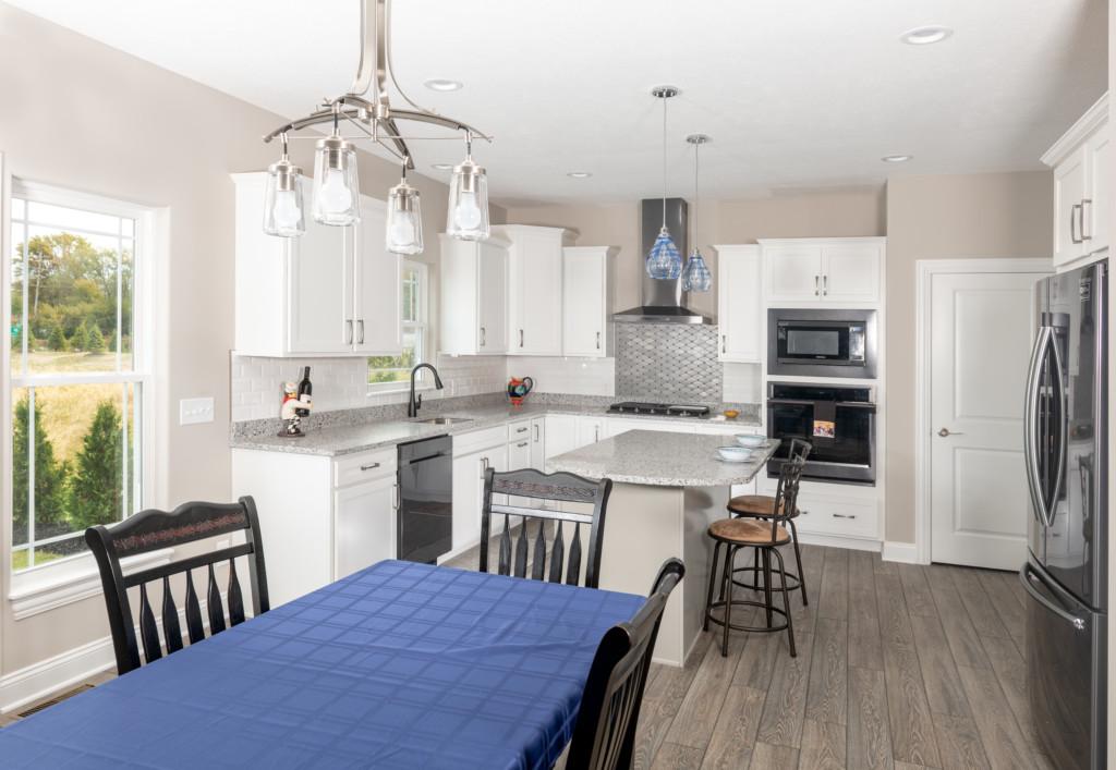 9-Kitchen & Breakfast Area