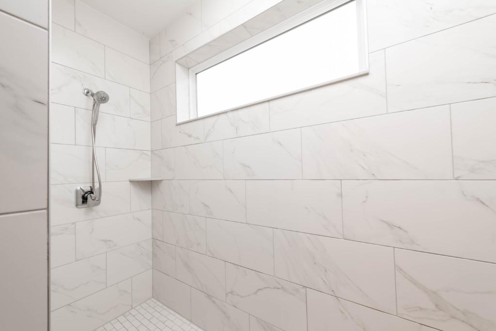 16 – Master Bath – Shower