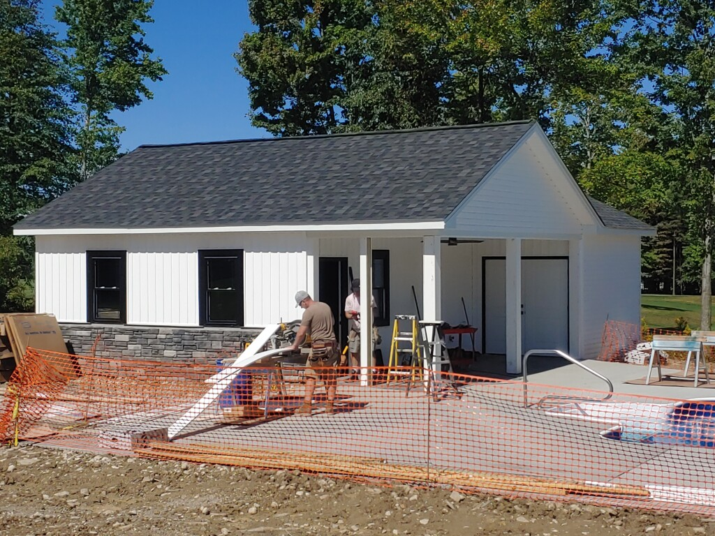 poolhouse porch being screened in